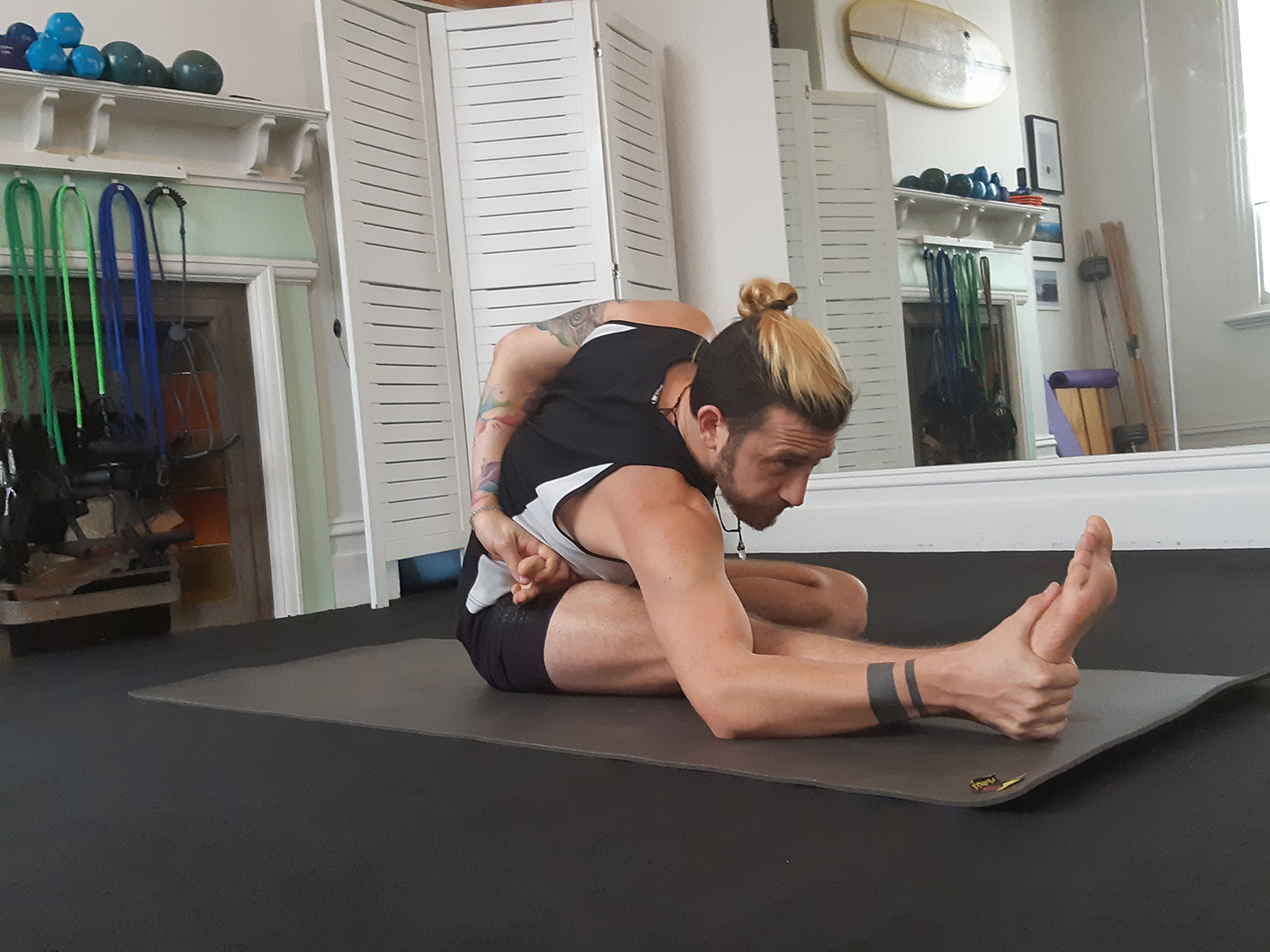 touch point massage yoga leg stretch